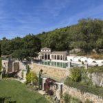 Бекхэмы продают «дом с привидениями» на Лазурном берегу